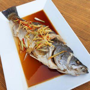 ปลากระพงนึ่งซีอิ้ว